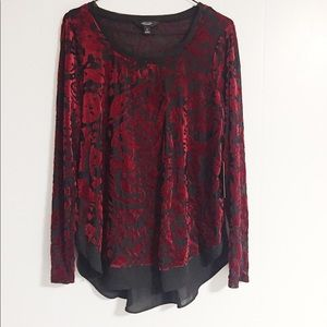 Long Sleeved Black and Red Simply Vera Shirt